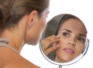 7 Tricks gegen geschwollene Augen
